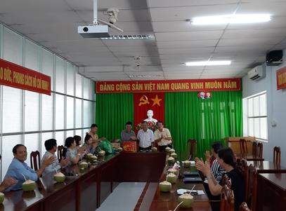 Trung tâm Khuyến nông Vĩnh Long đón tiếp đoàn tham quan Khuyến nông các tỉnh Tây Nguyên